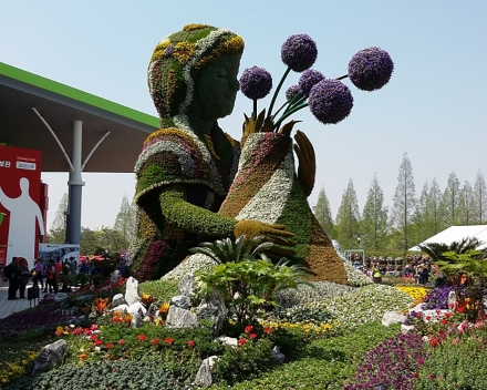 TerraCottem Universal en sculptures florales, Goyang International Flower Foundation Expo, Corée du Sud.