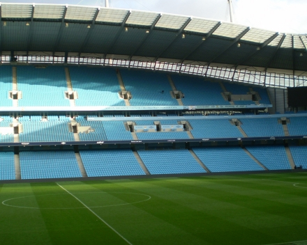 TerraCottem Turf en el Estadio Etihad, Manchester City Football Club, Inglaterra.