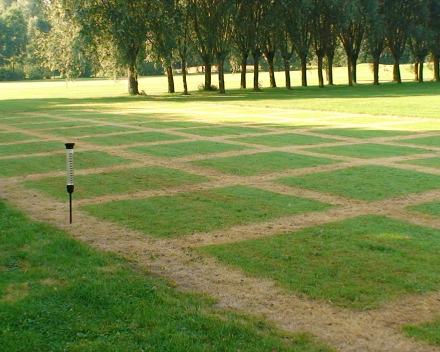 We aim at endorsing and certifying our product's benefits by Universities and independent laboratories - turf trial at Happy Golf, Waregem (Belgium).