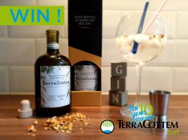 Win nu jouw 10 jaar TerraCottem Turf gin!